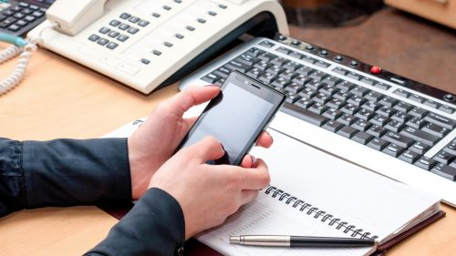 Why it's Crucial to Develop Mobile-Focused and Compatible Learning to Stay Ahead of the Curve
