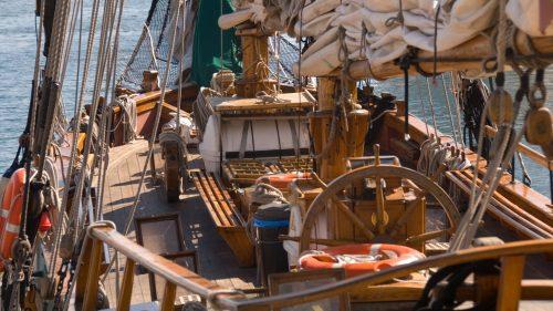 Project management sailing ship